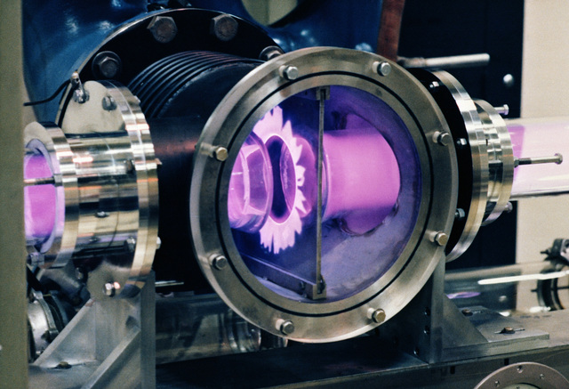 Kirtland Air Force Base, N.M....A close-up view of the laser cavity of a carbon dioxide electric discharge laser at the Air Force Weapons Laboratory. OFFICIAL U.S. AIR FORCE PHOTO (RELEASED)