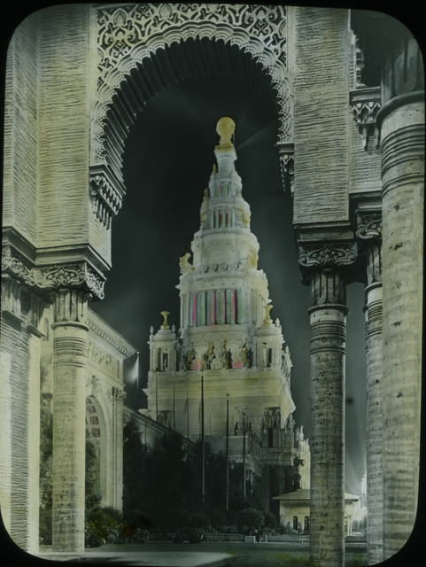 Photograph of the Tower of Jewels at the Panama-Pacific International Exposition