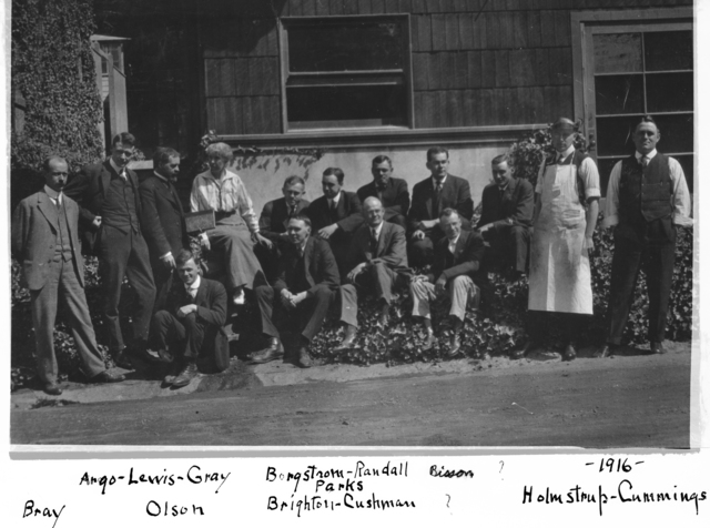 Group photo taken in 1916. Names mentioned in key: Bray, Argo-Lewis-Gray, Olson, Borgstrom-Randall, Parks, Brighton-Cushman, Bisson, Holmstrup-Cummings. Morgue 1944-88 (P-1) [Photographer: Donald Cooksey]