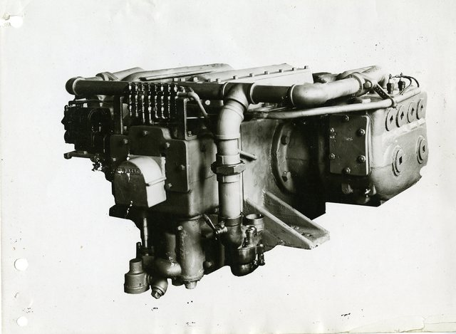 Whitcomb Horizontal Opposed Four Cylinder Four Cycle Engine