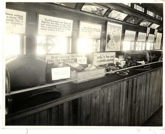 Photograph of Pennsylvania Food Conservation Train Exhibit on Conservation and Food Substitutes