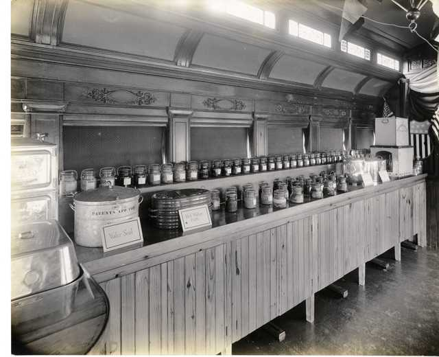 Photograph of Pennsylvania Food Conservation Train Exhibit on Food and Water Storage