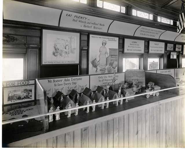 Photograph of Pennsylvania Food Conservation Train Exhibit on Weekly Food Savings