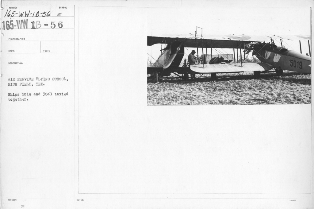 Airplanes - Accidents - Air Service Flying School, Rich Field, Texas. Ships 5019 and 3857 taxied together