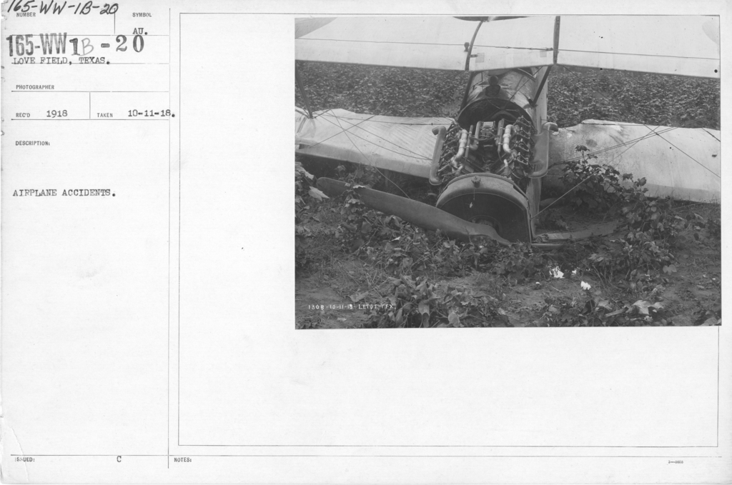 Airplanes - Accidents - Airplane accidents. Love Field, Dallas, Texas