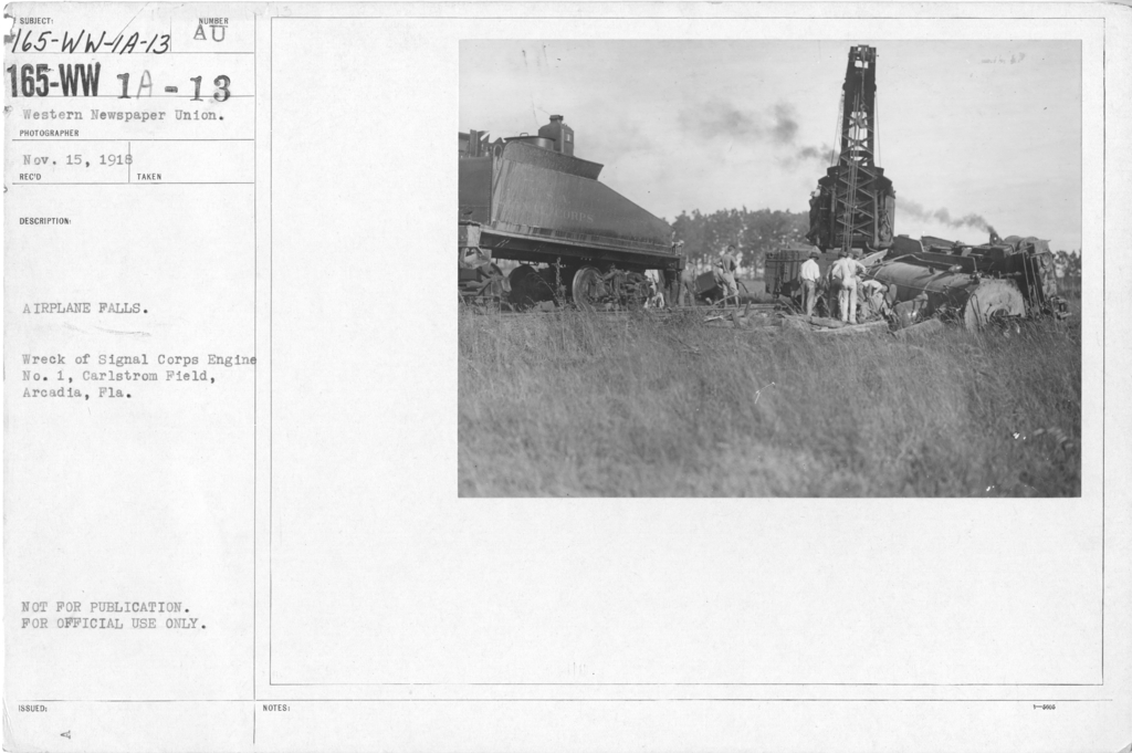Airplanes - Accidents - Airplane falls. Wreck of signal corps engine No. 1, Carlstrom Fields, Arcadia, Fla