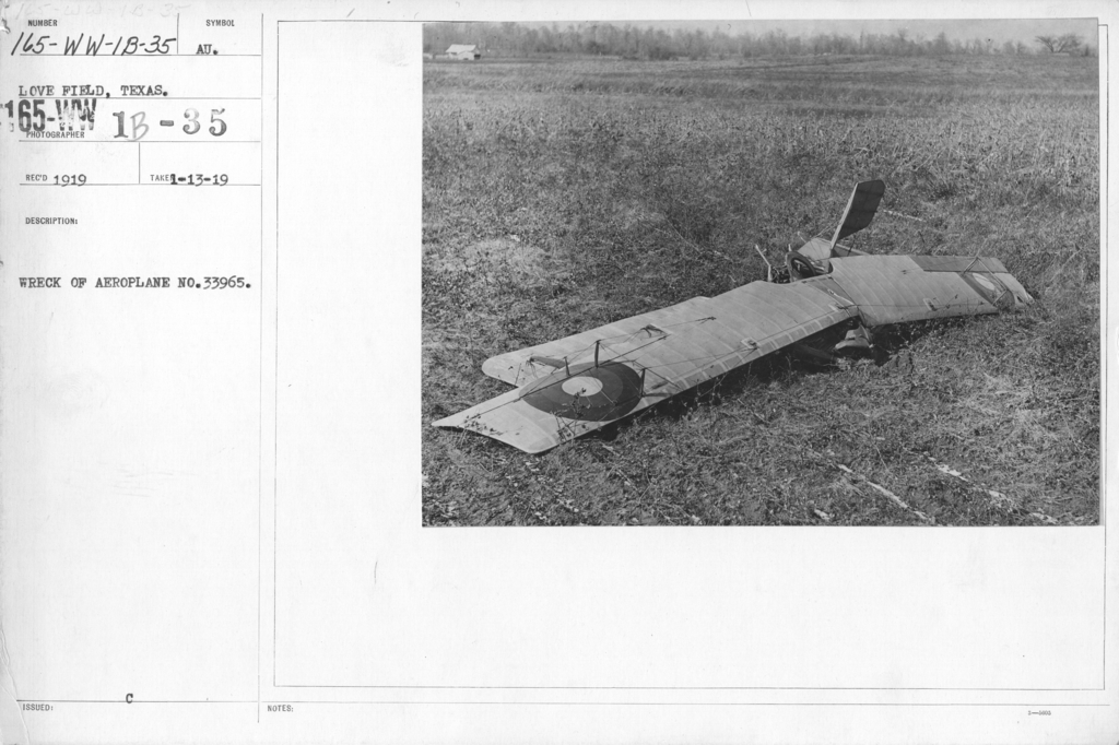 Airplanes - Accidents - Wreck of aeroplane No. 33965. Love Field, Texas