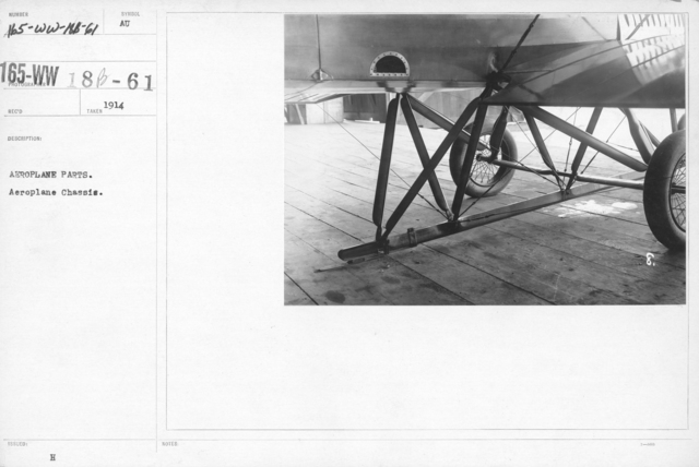 Airplanes - Miscellaneous - Aeroplane parts. Aeroplane Chassis