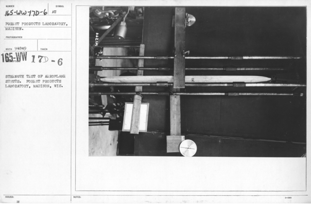 Airplanes - Struts - Strength test of aeroplane struts. Forest Products Laboratory, Madison, Wis