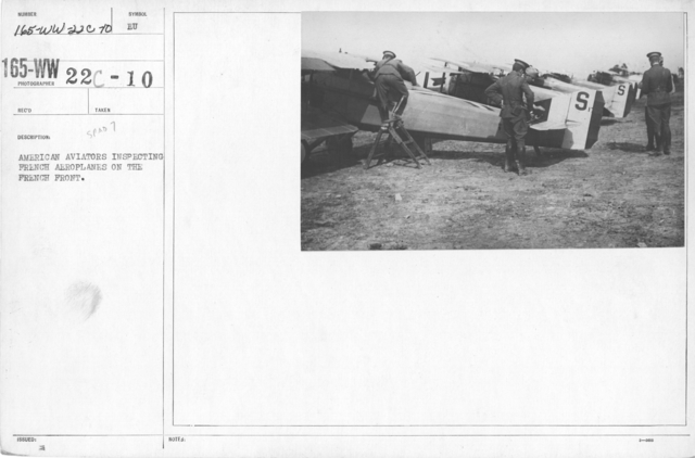 Airplanes - Types - American Aviators inspecting French aeroplanes on the French Front