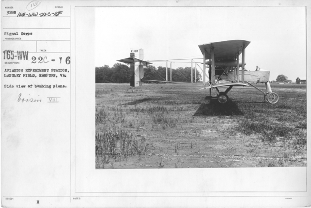 Airplanes - Types - Aviation Experiment Station, Langley Field, Hampton, VA. Side view of bombing plane