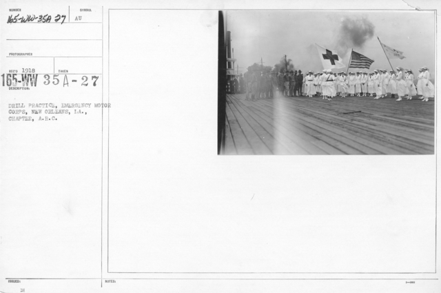 American Red Cross - Classes in Red Cross Work - Drill practice, Emergency Motor Corps, New Orleans, LA., Chapter, A.R.C