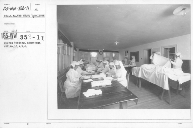 American Red Cross - Classes in Red Cross Work (workrooms and classes) - Making surgical dressings, Aux. No. 10, A.R.C