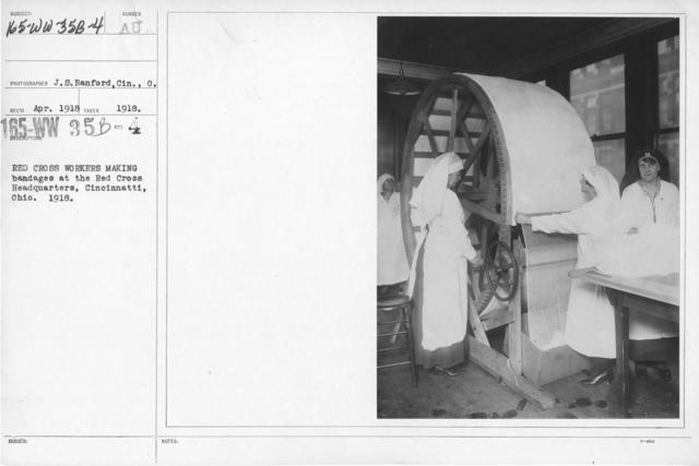 American Red Cross - Classes in Red Cross Work (workrooms and classes) - Red Cross workers making bandages at the Red Cross Headquarters, Cincinnati, Ohio. 1918