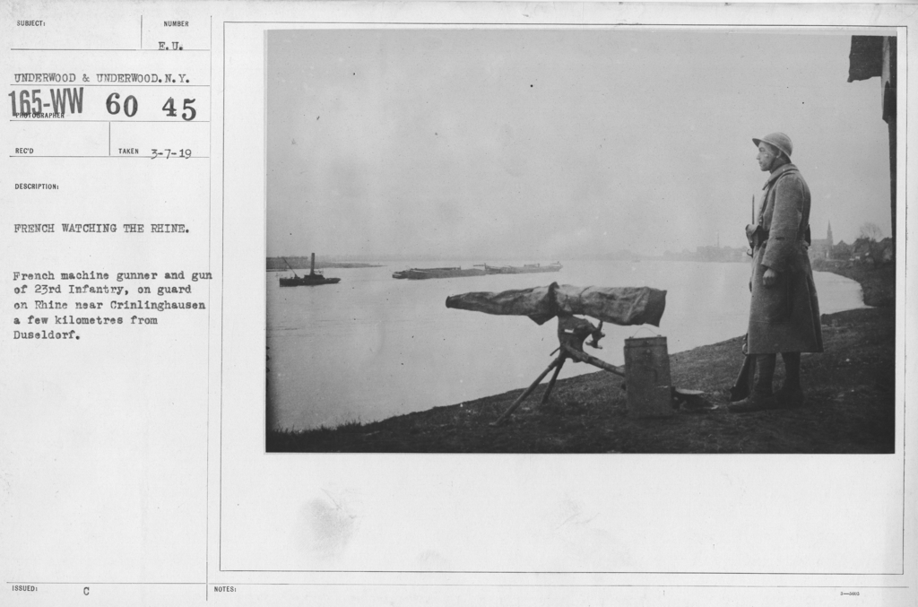 Army of Occupation - French waiting the Rhine. French machine gunner and gun of 23rd Infantry, on guard on Rhine near Crinlinghausen a few kilometres fro mDuseldorf
