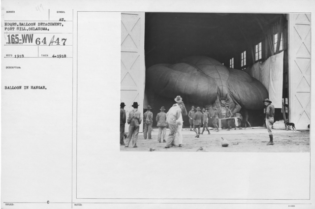 Balloons - Hangars and Beds - Balloon in hangar