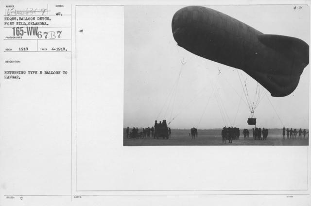 Balloons - R - Returning type R balloon to hangar