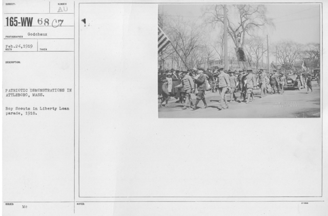 Boy's Activities - Parades - Patriotic demonstrations in Attleboro, Mass. Boy Scouts in Liberty Loan parade, 1918