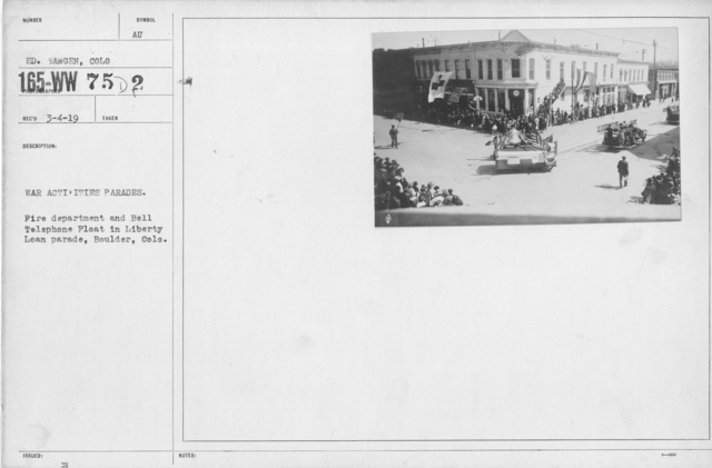Ceremonies - Colorado - War Activities parades. Fire department and Bell Telephone Float in Liberty Loan parade, Boulder, Colo