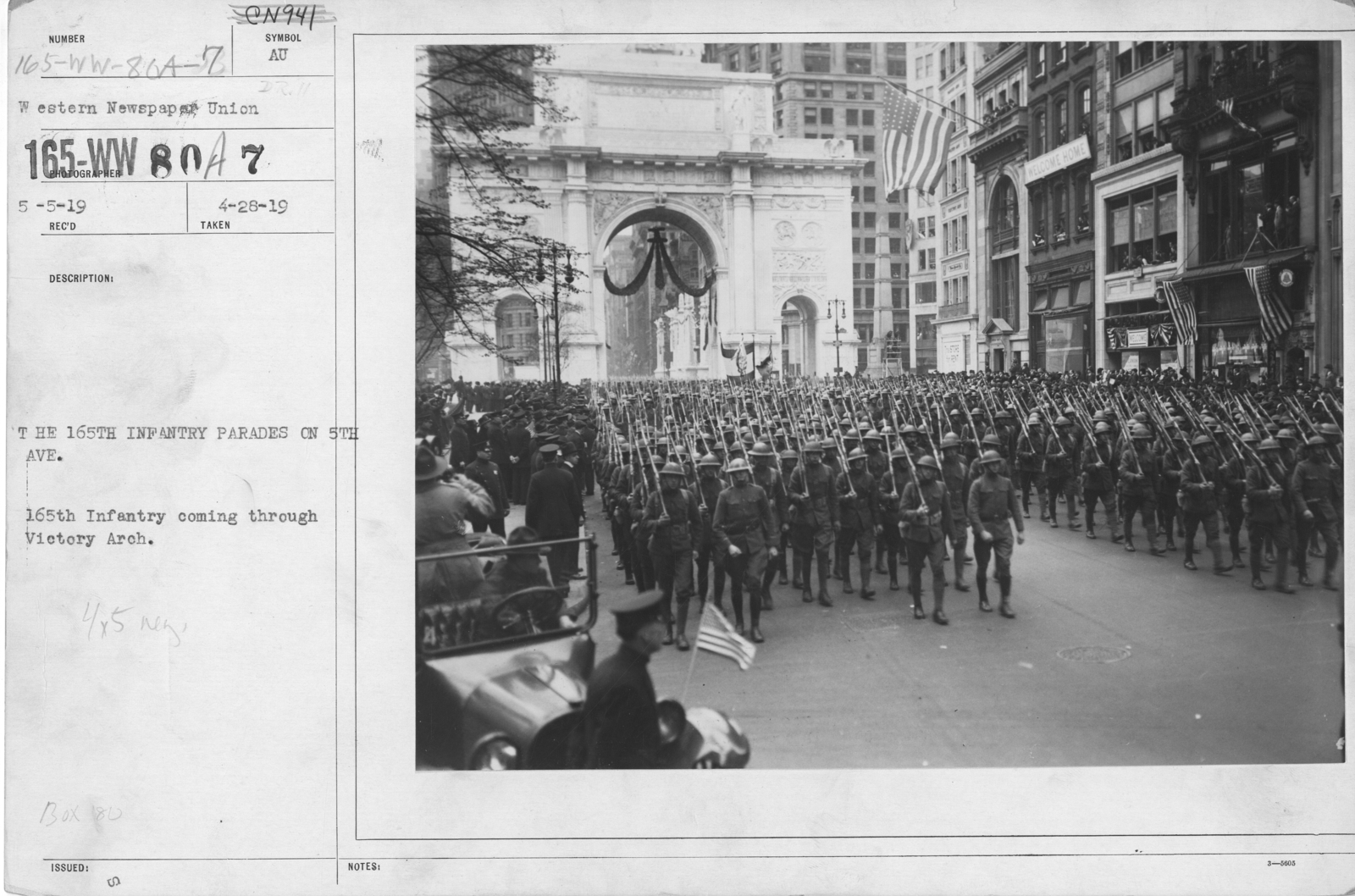 Ceremonies - Demobilization - The 165th Infantry Parades on 5th Ave. 165th Infantry coming through Victory Arch