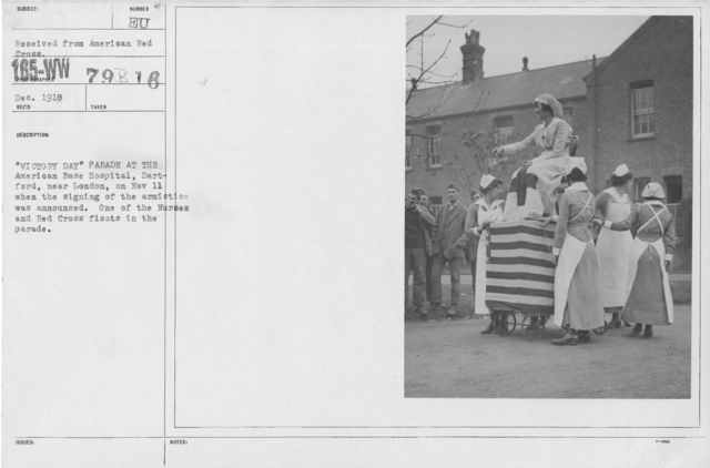 """Ceremonies - England - """"Victory Day"""" parade at the American Base Hospital, Dartford, near London, on Nov. 11 when the signing of the armistice was announced. One of the Nurses and Red Cross floats in the parade"""