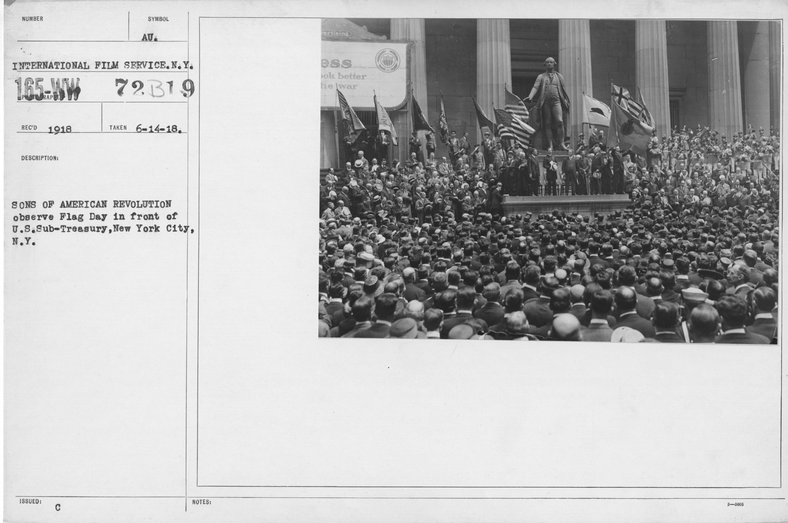 Ceremonies - Flag Day, 1918 - Sons of American Revolution observe Flag Day in front of U.S. Sub-Treasury, New York city, N.Y