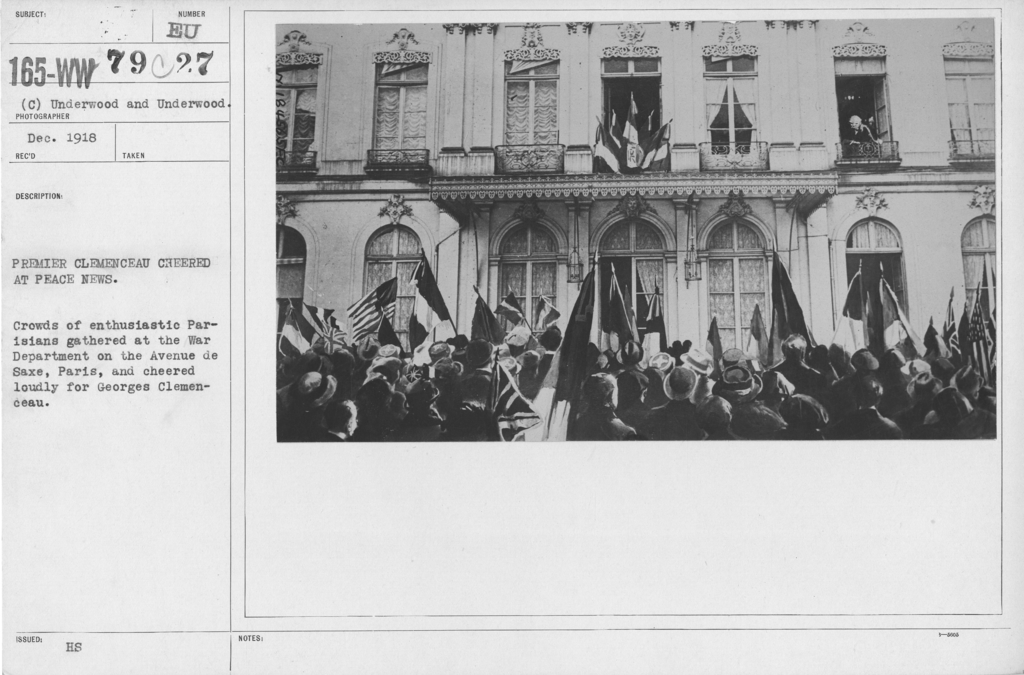 Ceremonies - France - Premier Clemenceau cheered at Peace news. Crowds of enthusiastic Parisians gathered at the War Department on the avenue de Saze, Paris, and cheered loudly for Georges Clemenceau