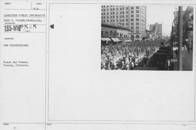 Ceremonies - Illinois - War Celebrations. Peace Day Parade. Peoria, Illinois