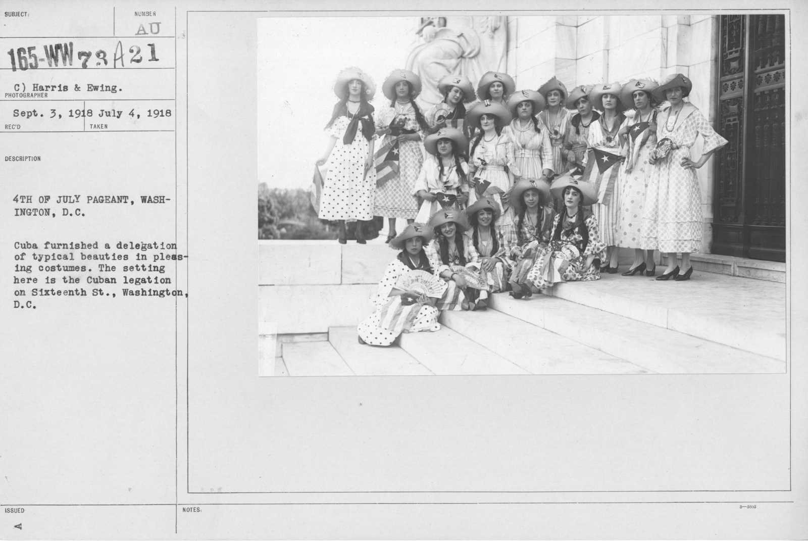 Ceremonies - Independence Day, 1918 - Amer. Misc. - 4th of July Pageant, Washington, D.C. Cuba furnished a delegation of typical beauties in pleasing costumes. The setting here is the Cuban legation on Sixteenth St., Washington, D.C