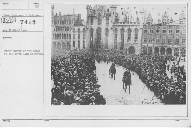 Ceremonies - Liberations - Belgium - First photos of the entry of the royal pair in Bruges