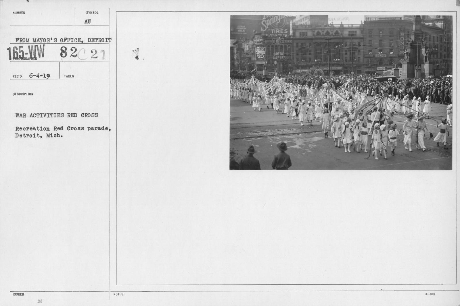Ceremonies - Michigan thru New Jersey - War activities Red Cross. Recreation Red Cross parade, Detroit, Mich