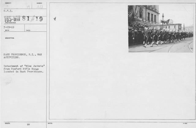 """Ceremonies - Navy & Marines - East Providence, R.I., war activities. Detachment of """"Blue Jackets"""" from Rumford Rifle Range located in East Providence"""