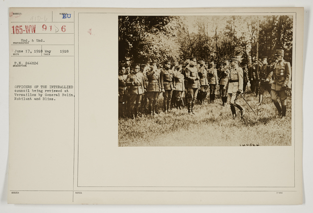 Ceremonies - Review in Theatre of Operations - Italian Army and Miscellaneous Reviews - Officers of the Interallied Council being reviewed at Versailles by Generals Belin, Robilant and Bliss