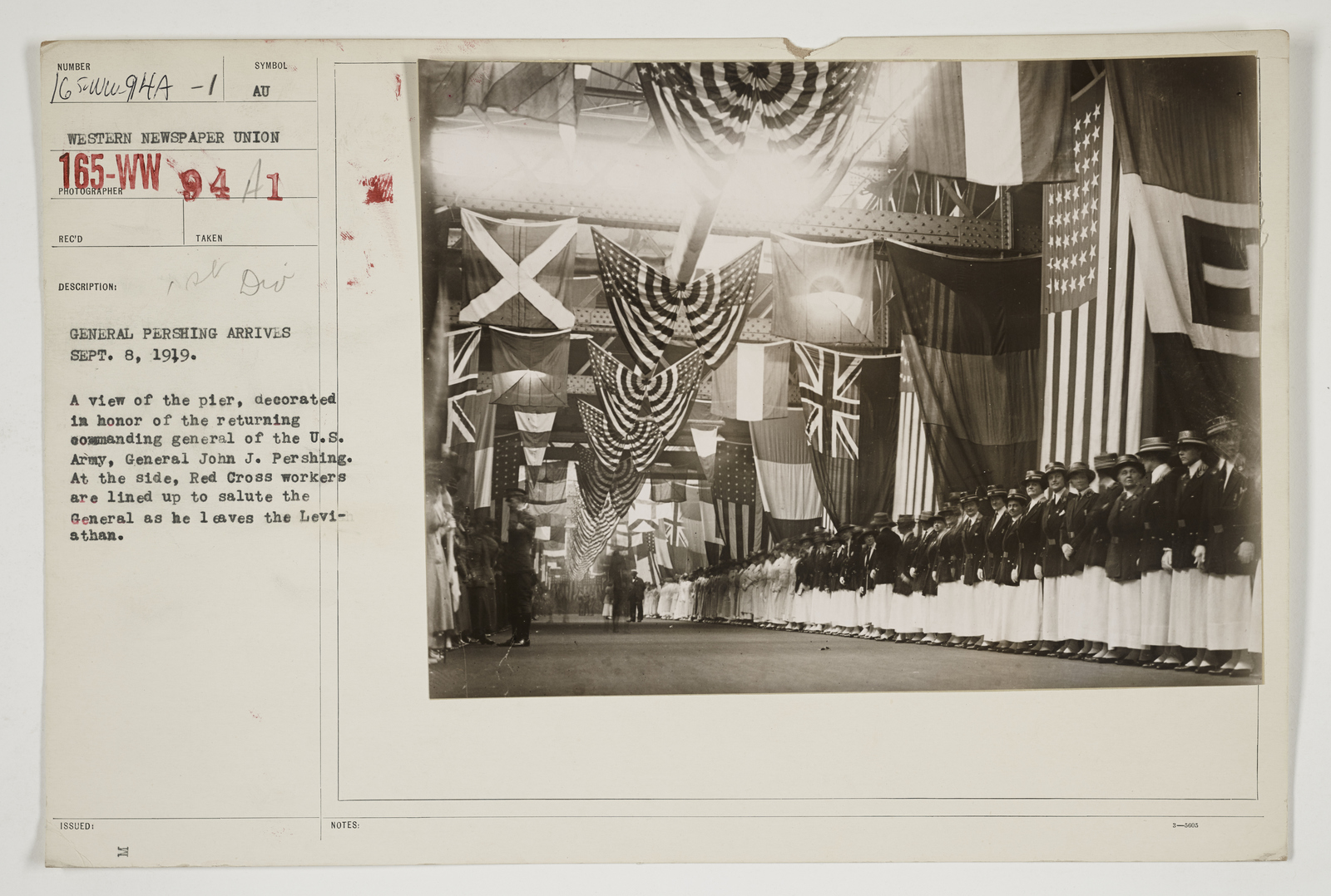 Ceremonies - Salutes and Parades - New York - General Pershing arrives, September 8, 1919