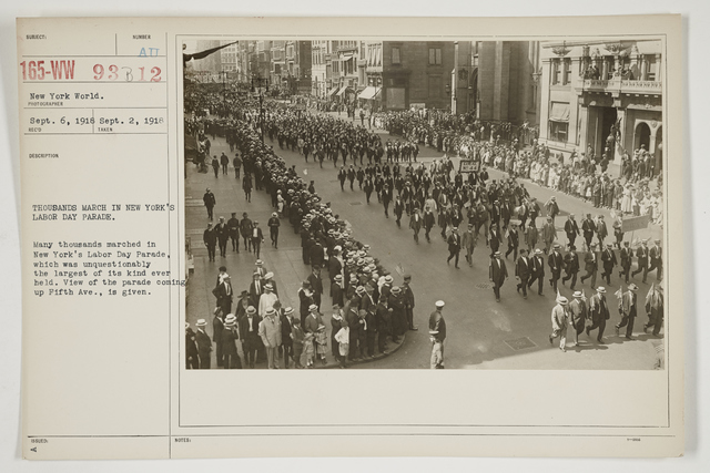 Ceremonies - Salutes and Parades - New York - Thousands march in New York's Labor Day Parade