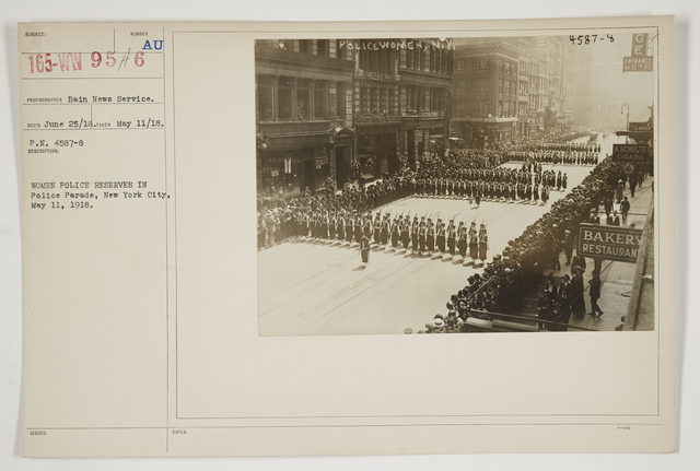 Ceremonies - Salutes and Parades - New York - Women police reserves in Police Parade, New York City, May 11, 1918