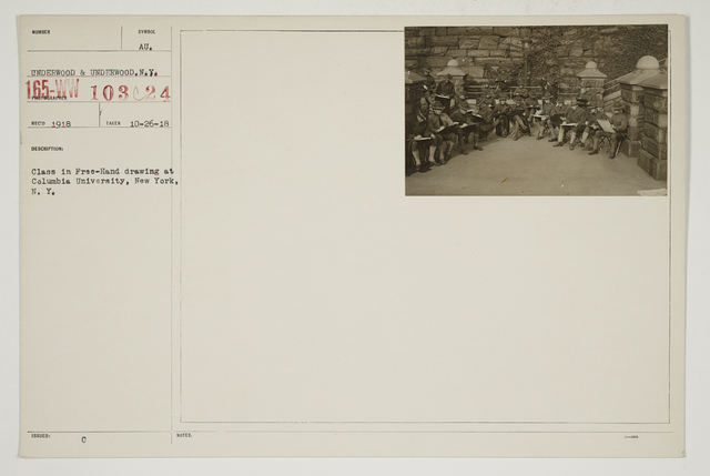 Colleges and Universities - Columbia University - Student Army Training Corps - Class in free-hand drawing at Columbia University, New York, New York