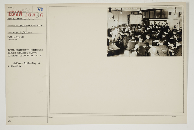 Colleges and Universities - Columbia University - Submarine Chaser Training School - Naval Engineers' Submarine Chaser Training School, Columbia University, New York.  Sailors listening to a lecture