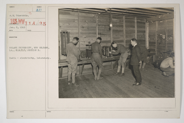Colleges and Universities - Tulane University - Tulane University, New Orleans, Louisiana, Students Army Training Corps, Section B.  Radio - electricity, laboratory