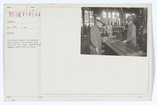 Colleges and Universities - University of Kansas - Technical school for drafted men, second detachment, August 15, October 15, 1918.  Machinists' class, University of Kansas