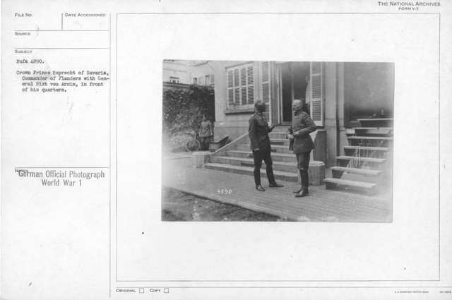 Crown Prince Ruprecht of Bavaria, Commander of Flanders with General sixt von Arnim, in front of his quarters