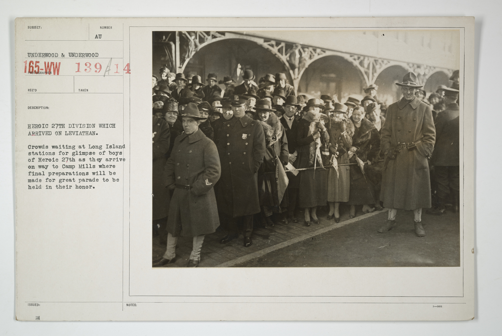 Demobilization - Arrivals Home - Heroic 27th division which arrived on Leviathan. Crowds waiting at Long Island stations for glimpse of boys of Heroic 27th as they arrive on way to Camp Mills where final preparations will be made for great parade to be held in their honor