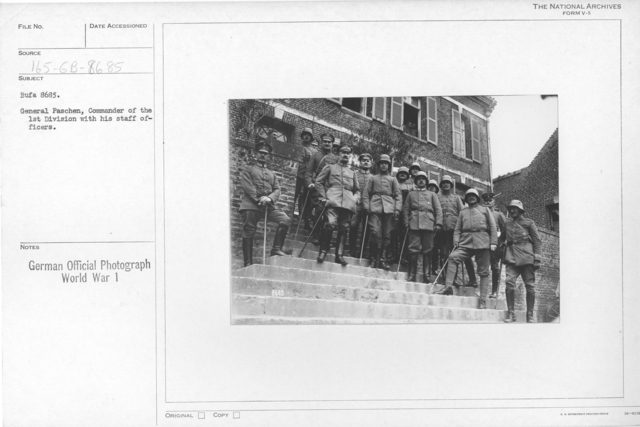 General Paschen, Commander of the 1st Division with his staff officers
