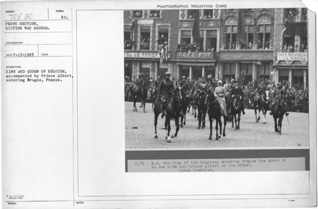 King and Queen of Belgium, accompanied by Price Albert, entering Bruges, France