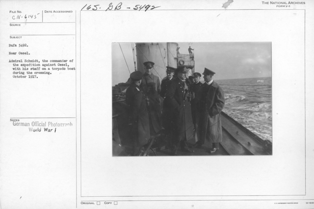 Near Oesel. Admiral Schmidt, the commander of the expedition against Oesel, with his staff on a torpedo boat during the crossing. October 1917