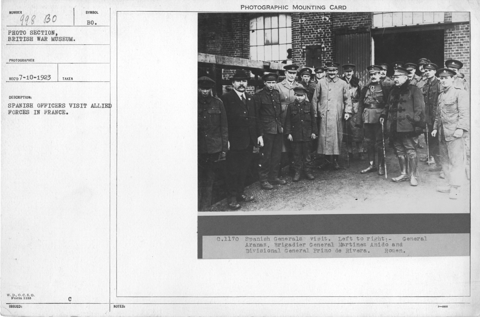 Spanish officers visit allied forces in France