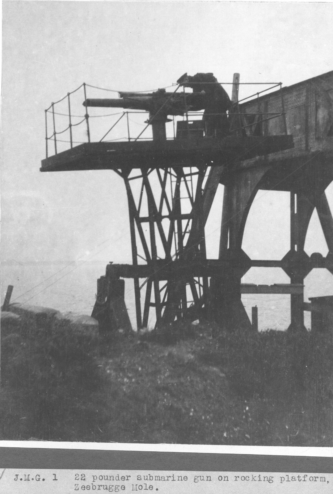 Submarine gun mounted on rocking platform. Zeebrugge Mole