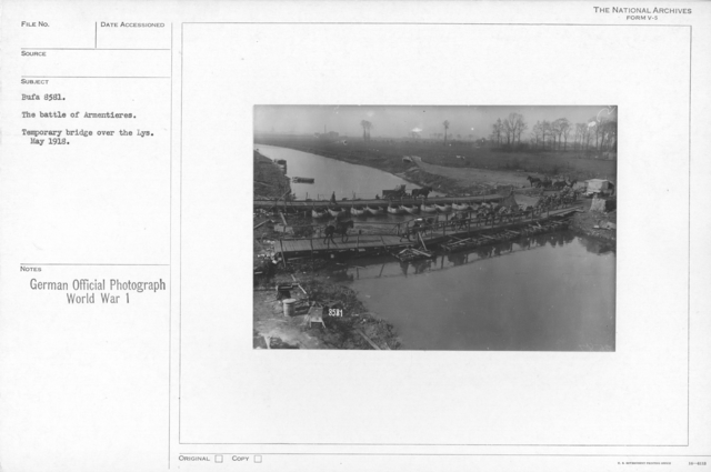 The battle of Armentires. Temporary bridge over the Lys. May 1918