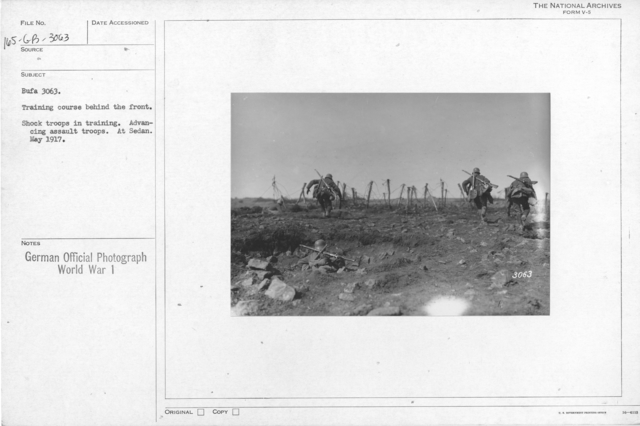 Training course behind the front, Shock troops in training. Advancing assault troops. At sedan. May 1917