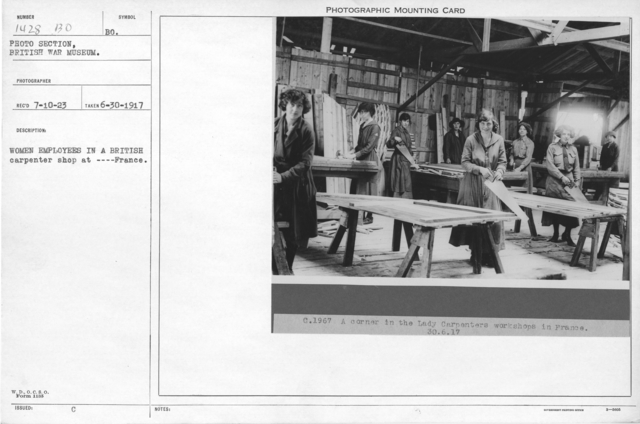 Women employees in a British carpenter shop at ---- France